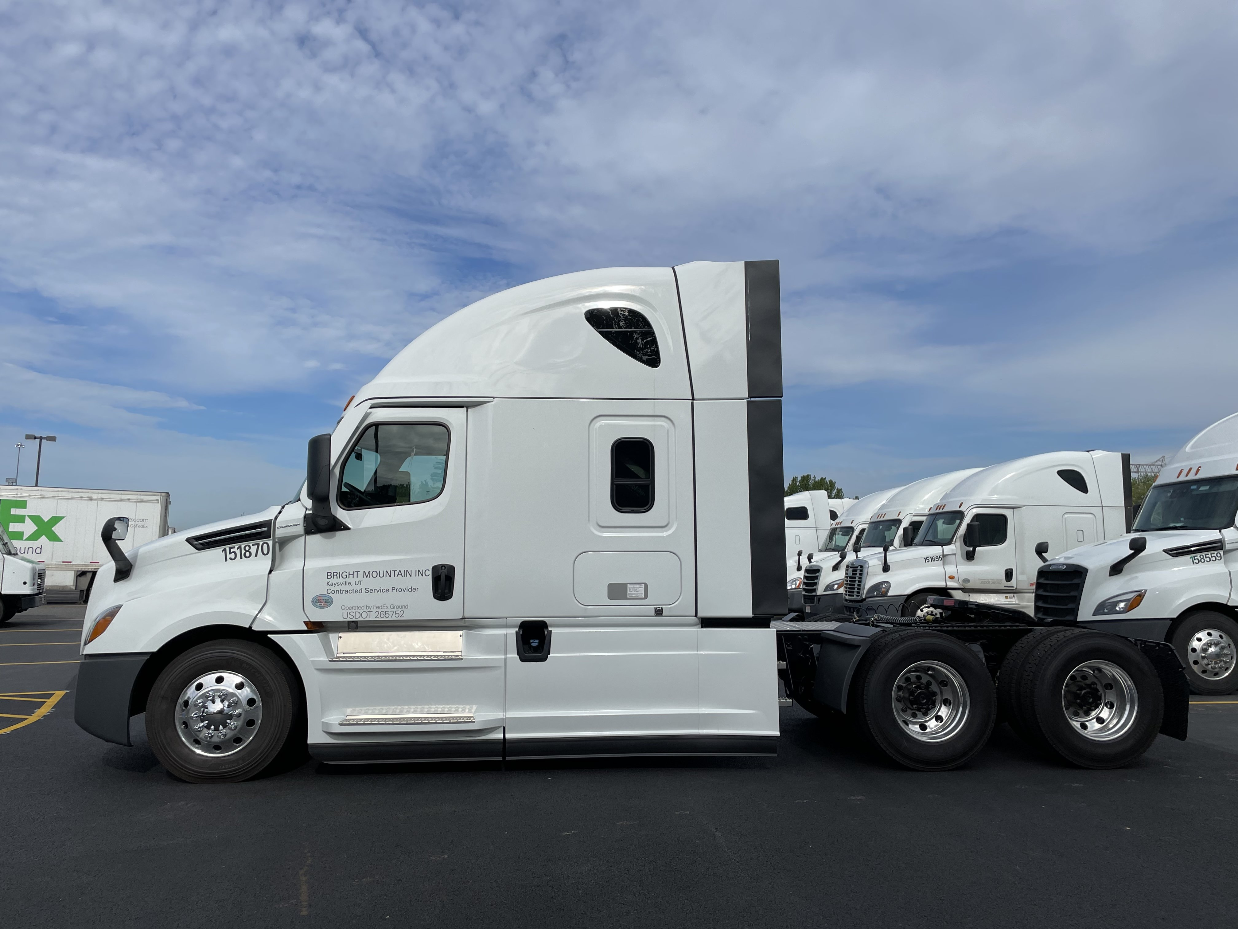 Shelby HBTM 2021 Freightliner Cascadia