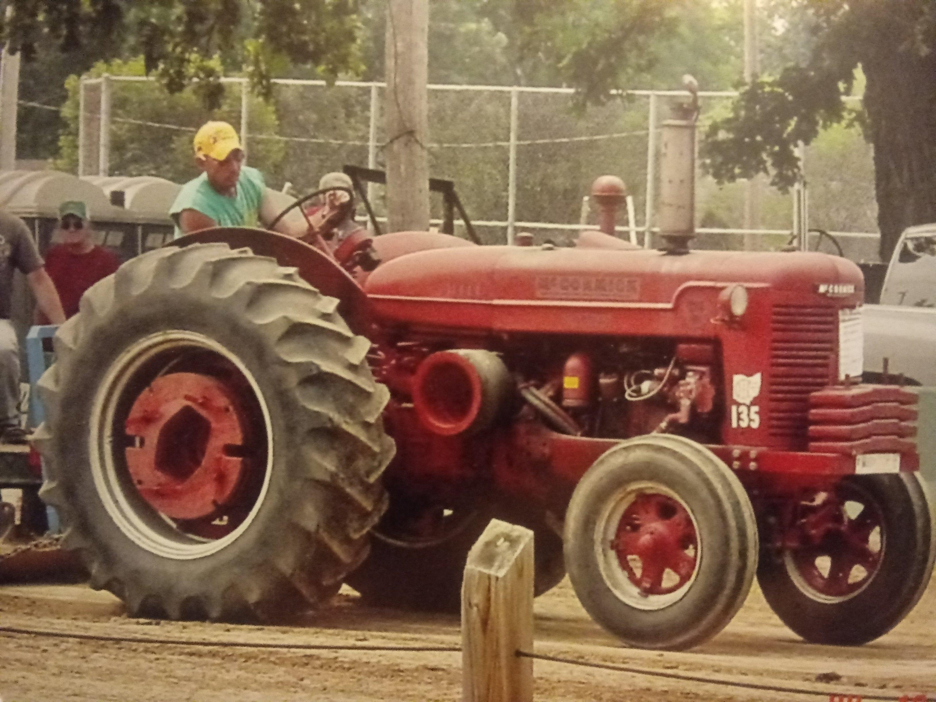 Tony Obert 1952 McCormick-Deering WD9