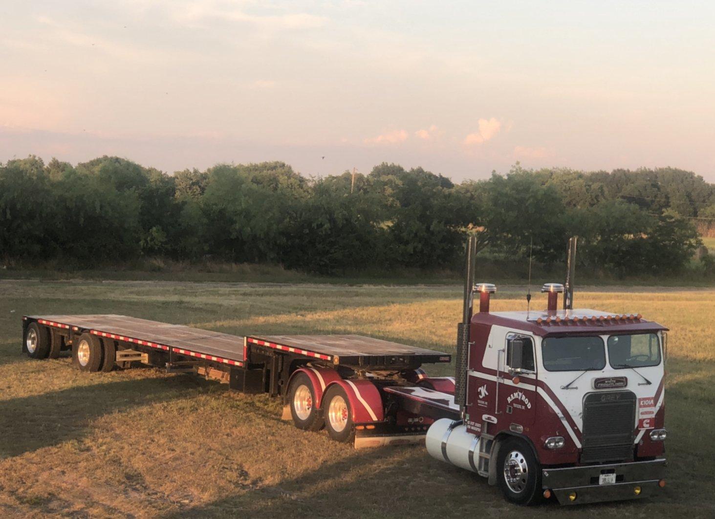 Christopher G 1987 Freightliner Flt